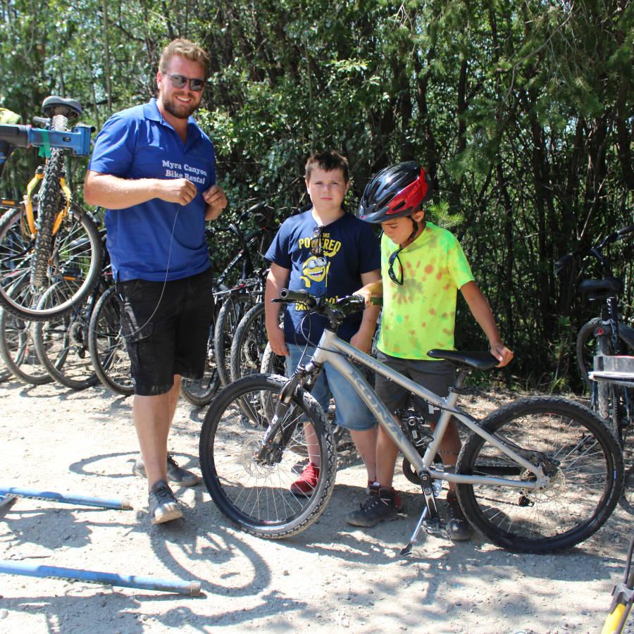 Jeroen Vos - Myra Canyon Bike Rental